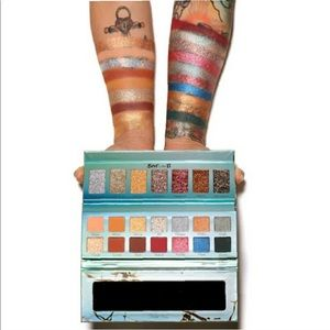 Sephora Makeup - 2/$40 Violet Voss Best Life II Eyeshadow Palette